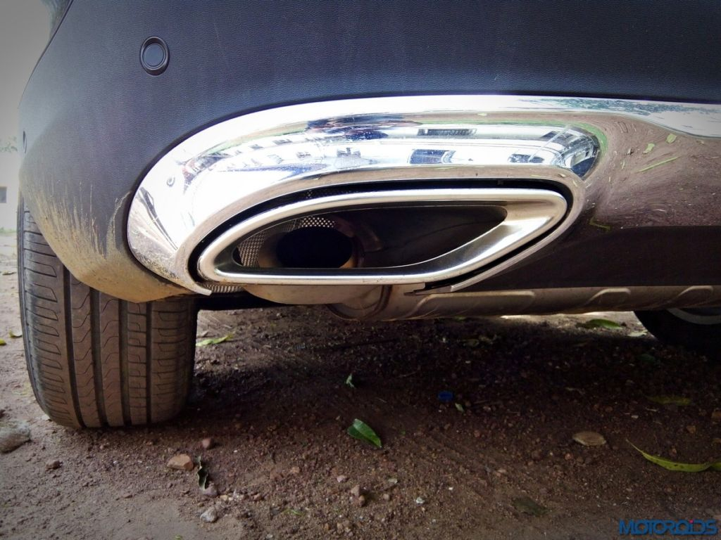 Mercedes-Benz GLC 300 exhaust
