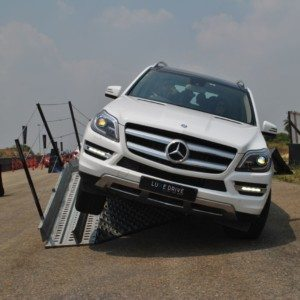 Mercedes Benz Luxe Drive Drives Into Bangalore