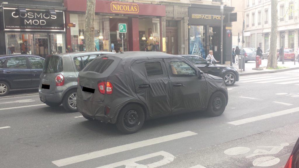 Suzuki Ignis spied in Europe (2)