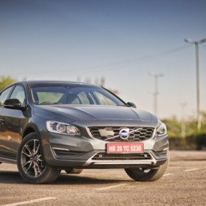 Volvo S60 Cross Country India Review : Sinewy Elegance