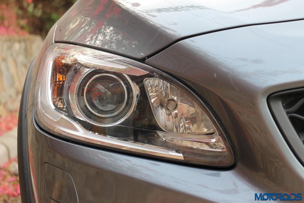 Volvo S60 Cross Country headlamp unit