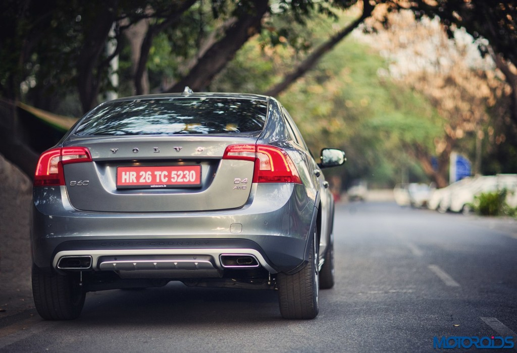 Volvo S60 Cross Country rear