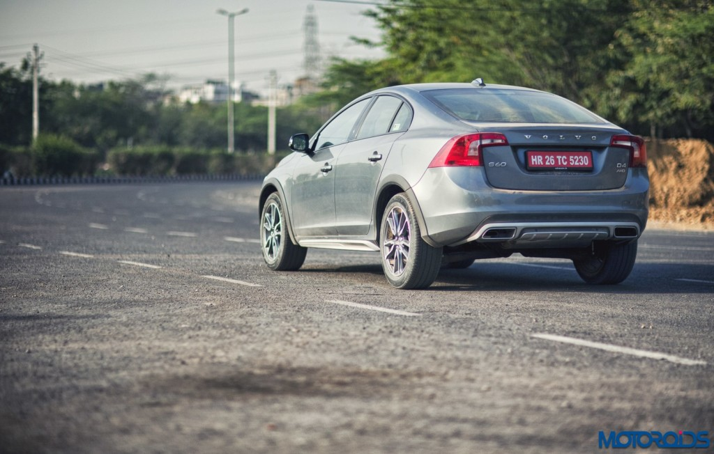 Volvo S60 Cross Country rear 3 quarters