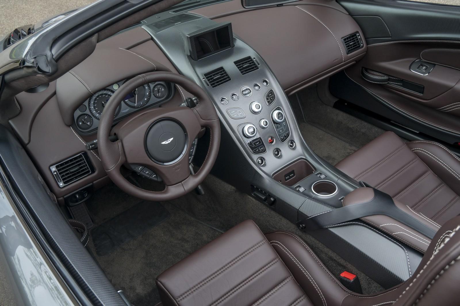 Aston Martin - Vantage GT12 Roadster (12)