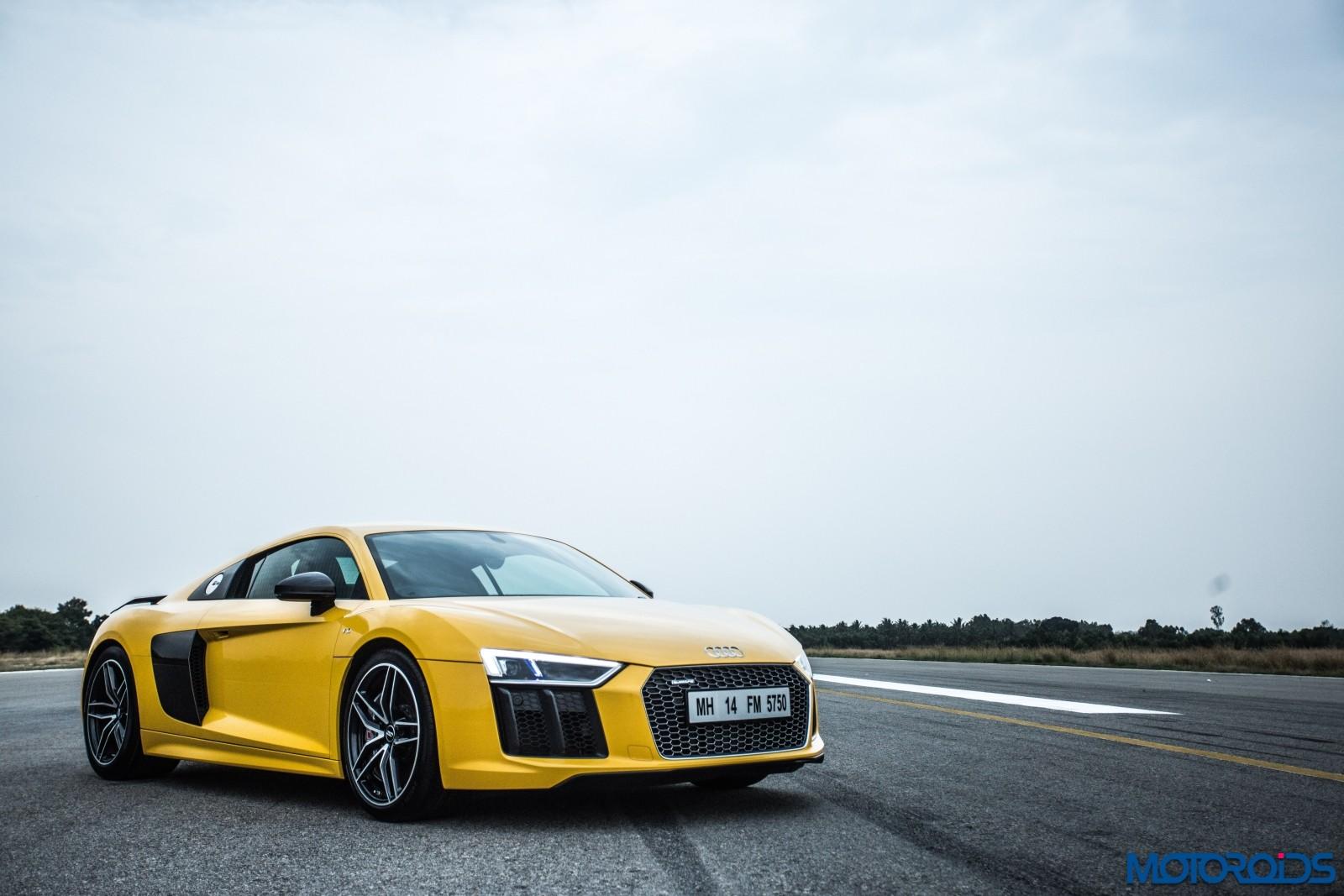 Audi R8 V10 Plus Drive Experience - Stock (2)