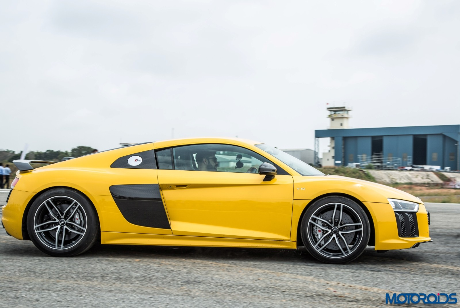 Audi R8 V10 Plus Drive Experience - Stock (4)