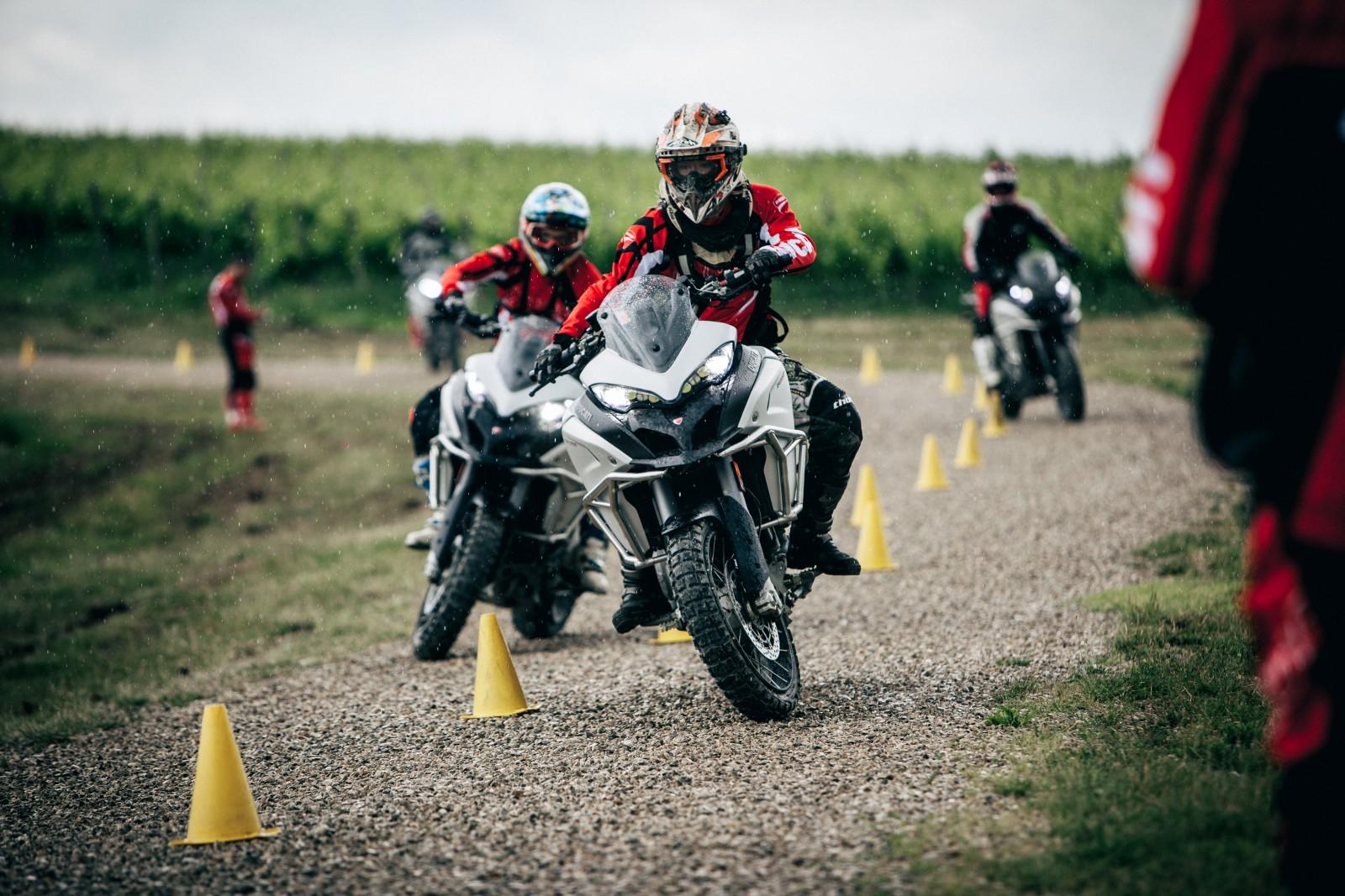 Ducati - Globetrotter (2)