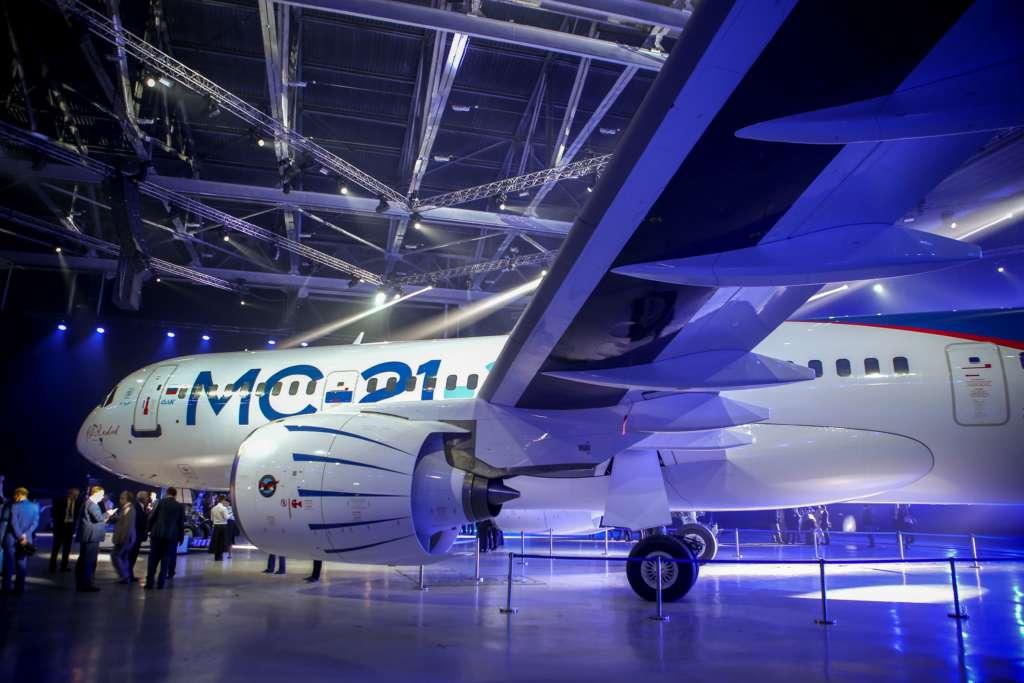 Irkut MC-21-300 airliner (29)