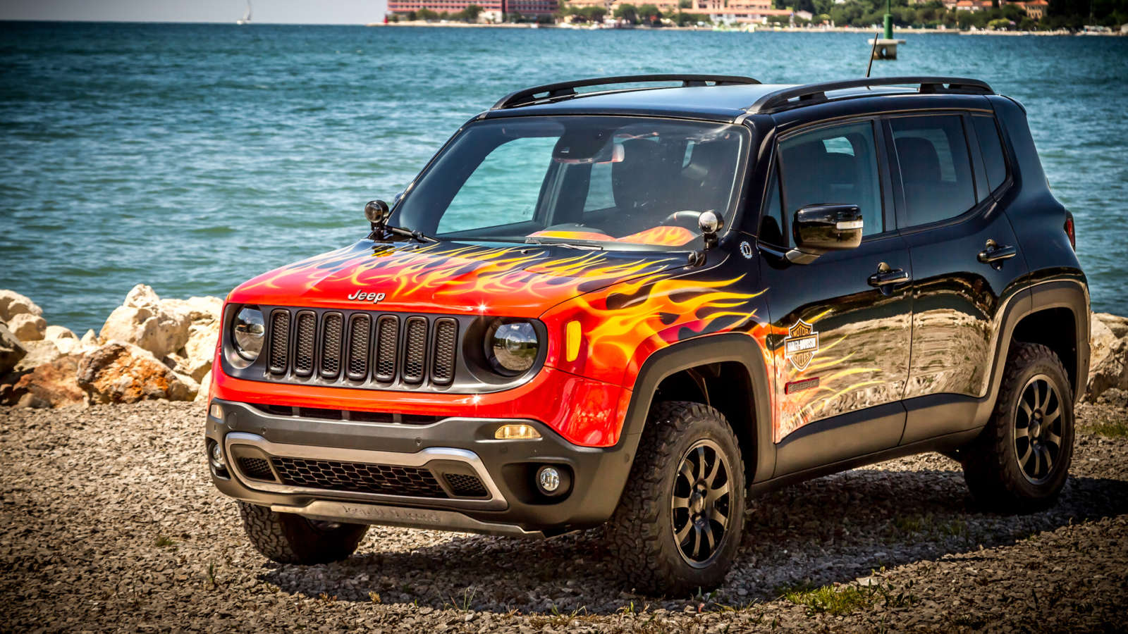 The Jeep Renegade Hell's Revenge gets lit up by Harley-Davidson