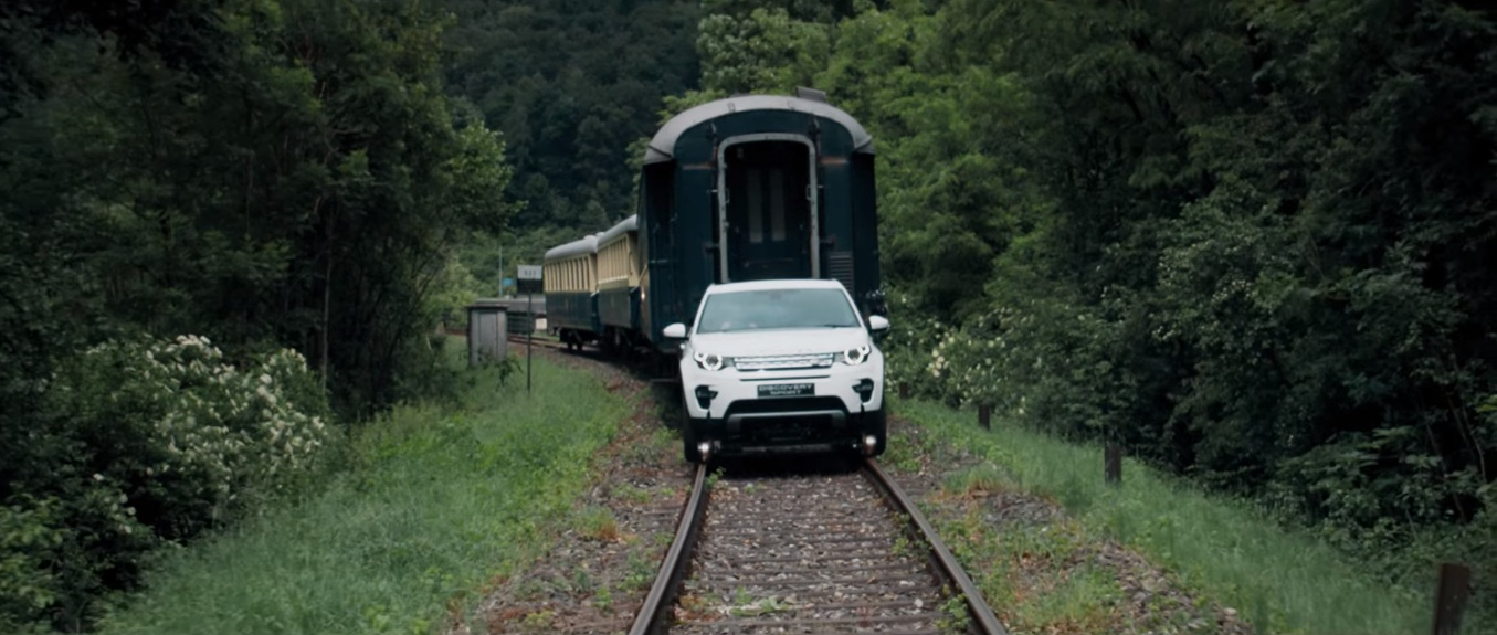 Land Rover Pulls Railway Carriages - 2