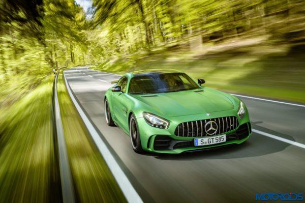 Mercedes-AMG-GT-R-11-600x399