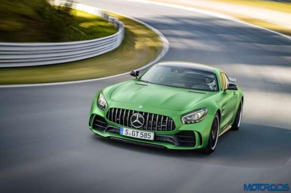 Mercedes-AMG-GT-R-5-600x399