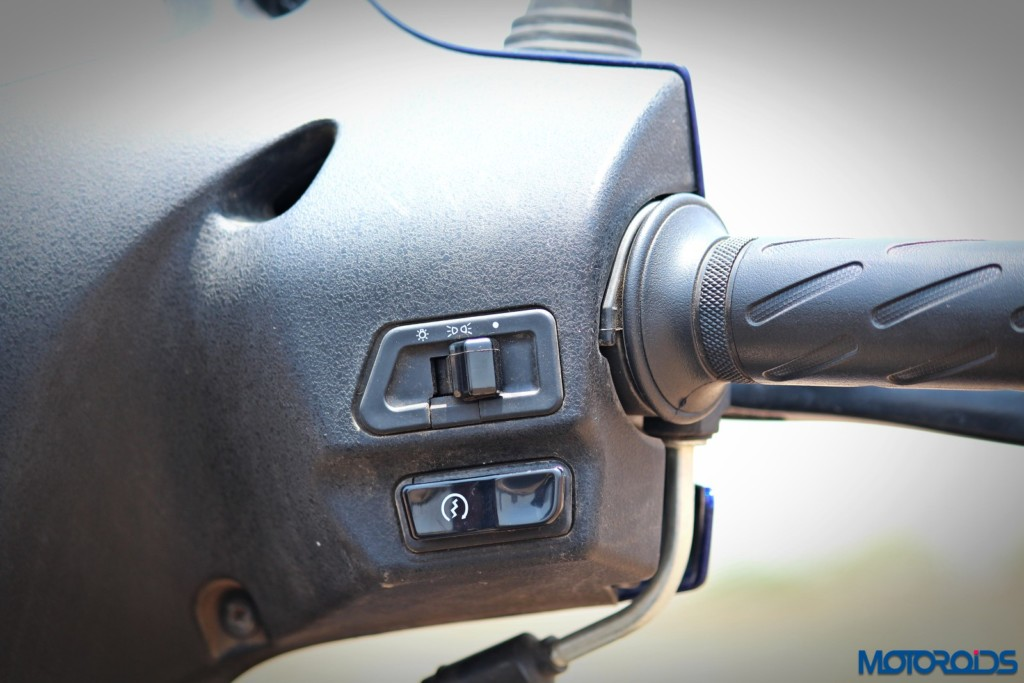 New 2016 Suzuki Access switchgear (2)
