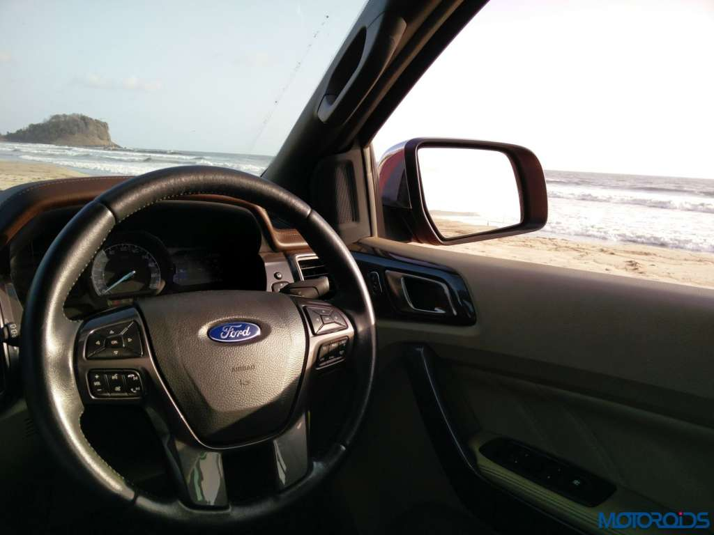 New Ford Endeavour 3.2 AT (115)