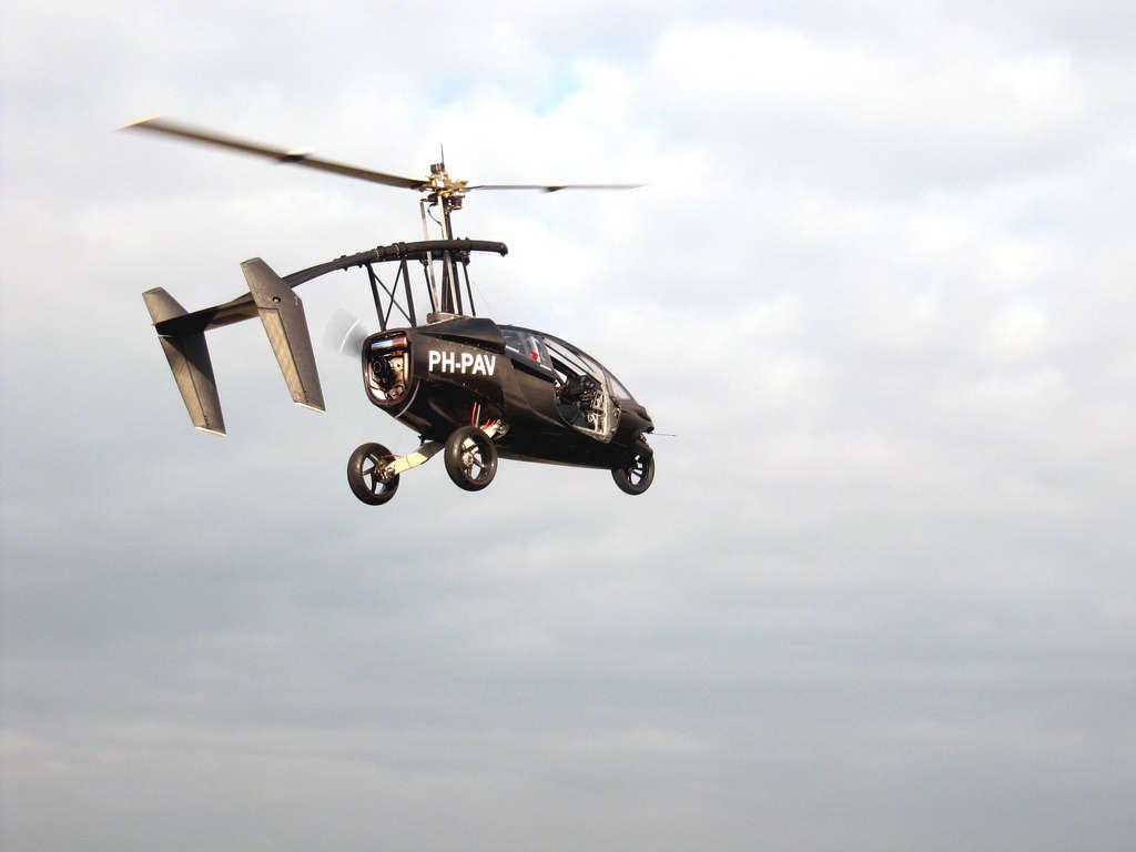 PAL-V flying