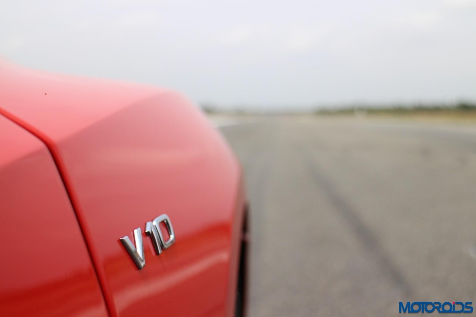 Red Audi R8 v10 Plus 19
