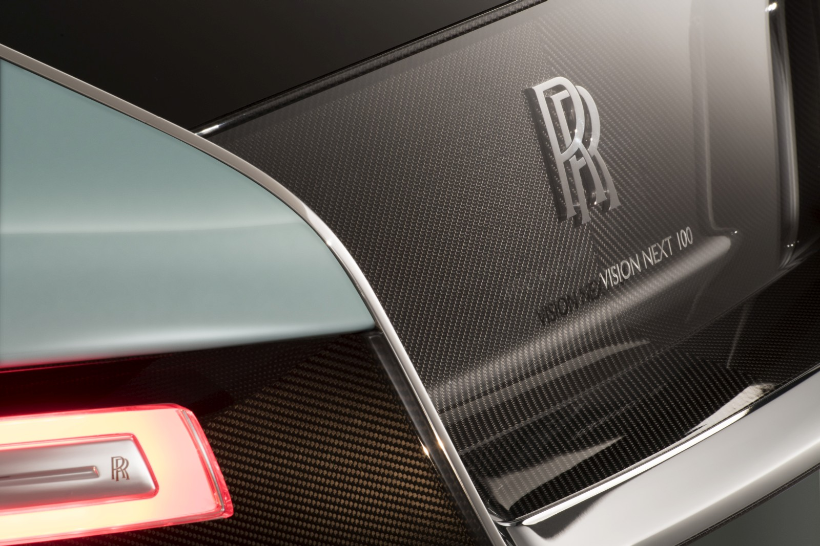 Rolls-Royce VISION NEXT 100 (21)
