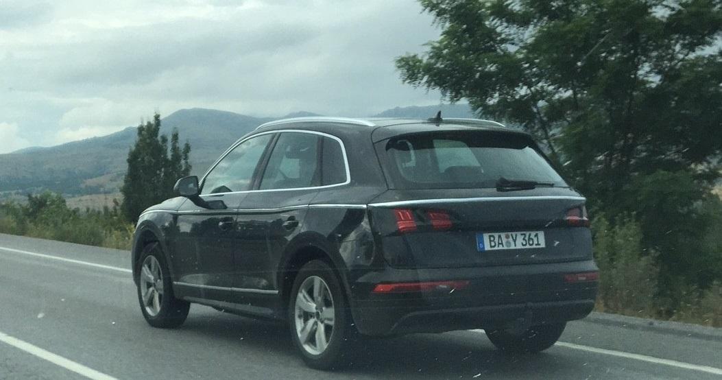 2017 Audi Q5 spied (9)