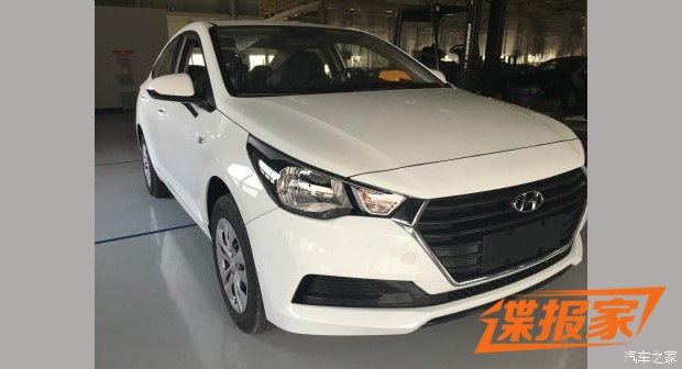 2017 Hyundai Verna (2)