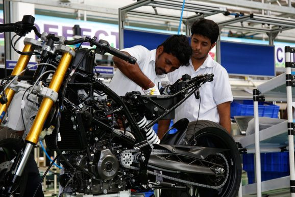 BMW G 310 R production begins (2)