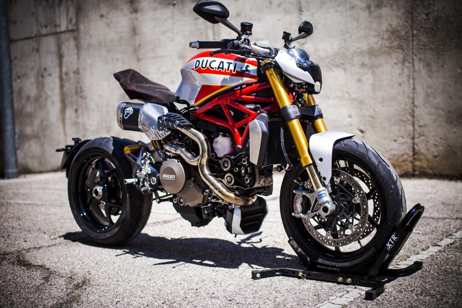 Customised Ducati Monster 1200 - XTR Pepo Siluro (11)