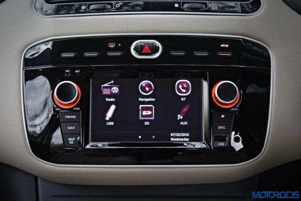 Fiat Linea 125S details (2)