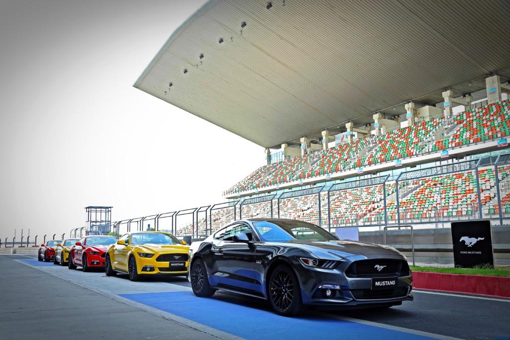 Ford Mustang Motoroids (3)