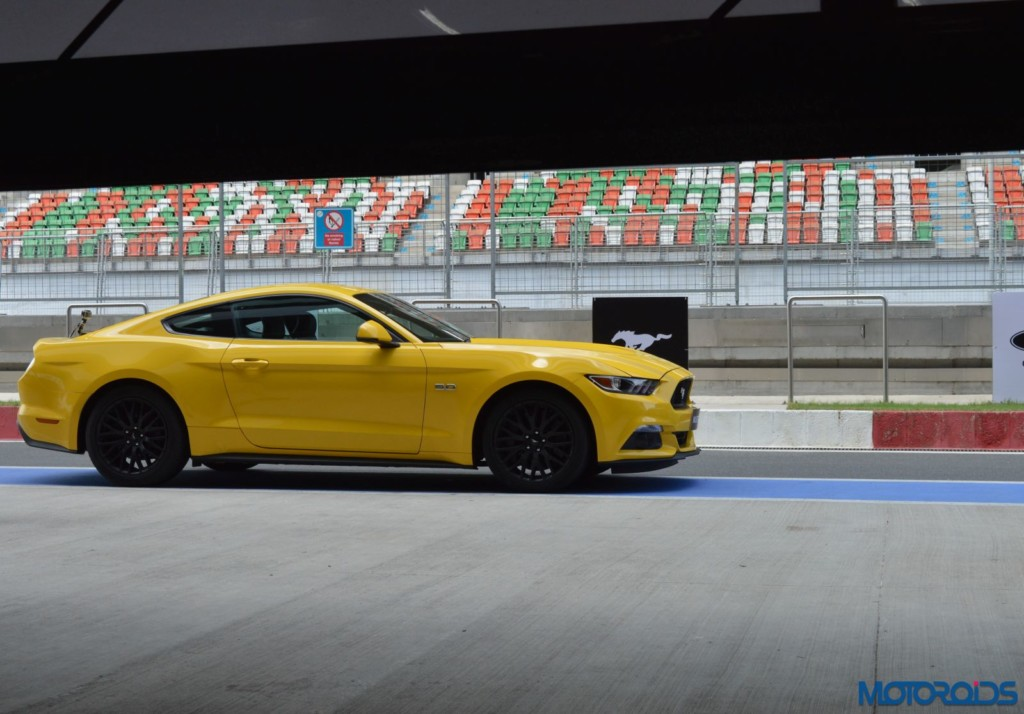 Ford Mustang Track Review India (11)