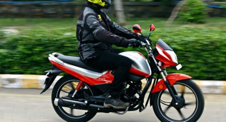 Hero MotoCorp Splendor 110 iSmart action (21)