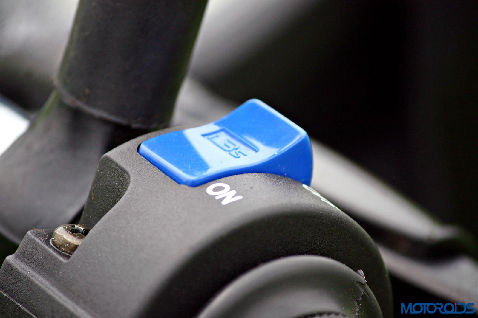 Hero MotoCorp Splendor 110 iSmart switchgear (2)