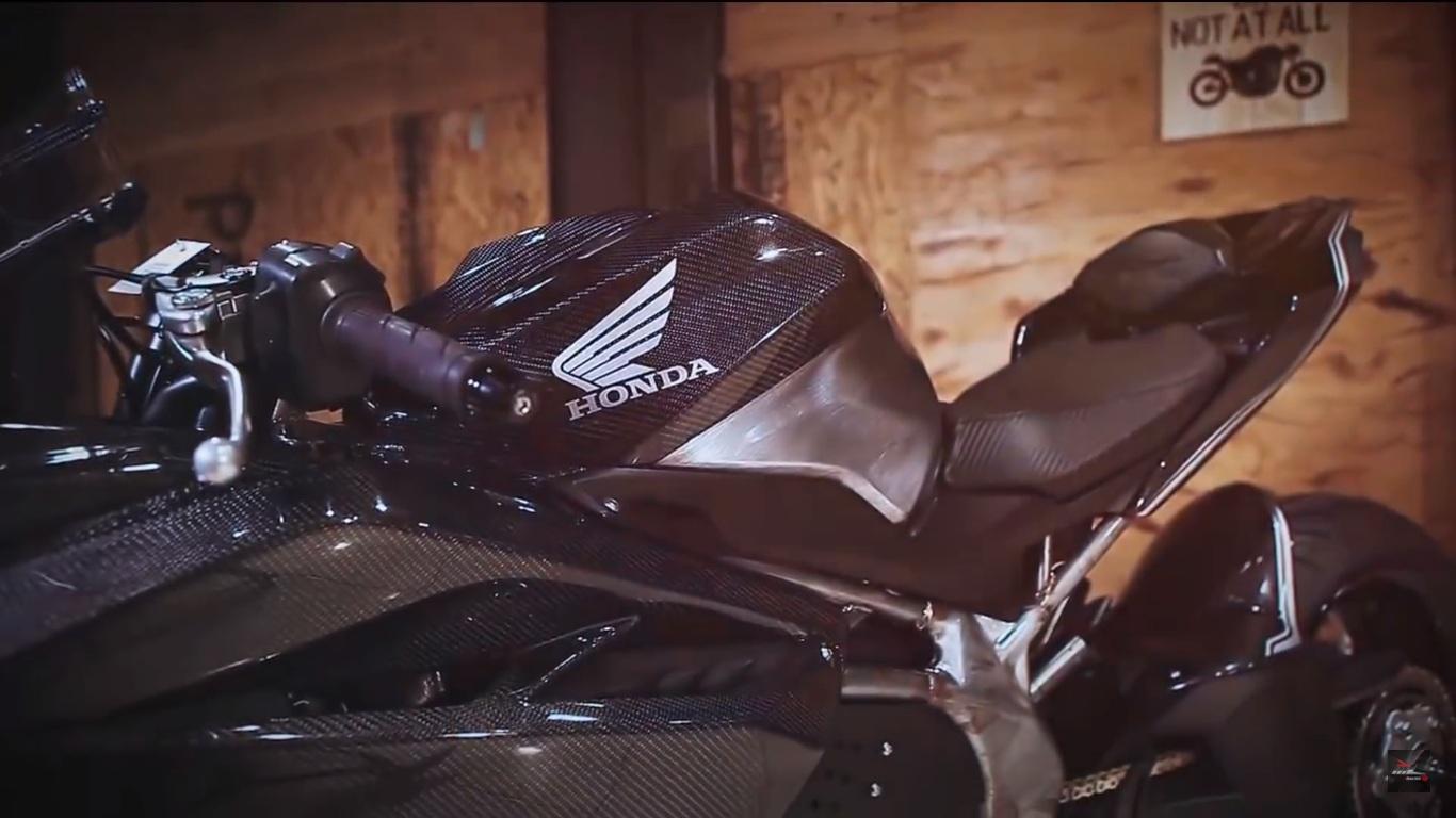 Honda CBR250RR - Customised - 3