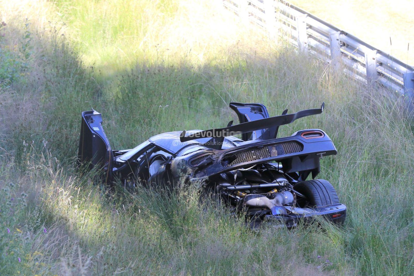Koenigsegg One.1 crash (3)