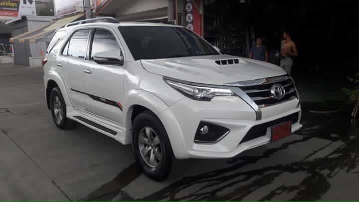 Modified Toyota Fortuner face swap (2)