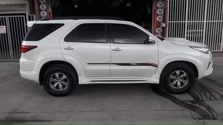 Modified Toyota Fortuner face swap (3)