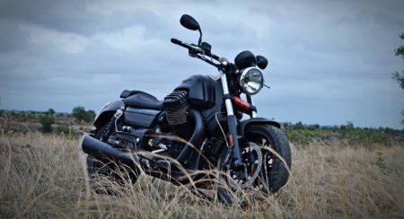 Moto Guzzi Audace FRONT (3)