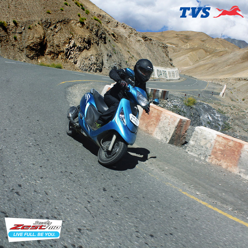 Ride to Khardung La On my TVS Scooty Zest – Anam Hashim (2)