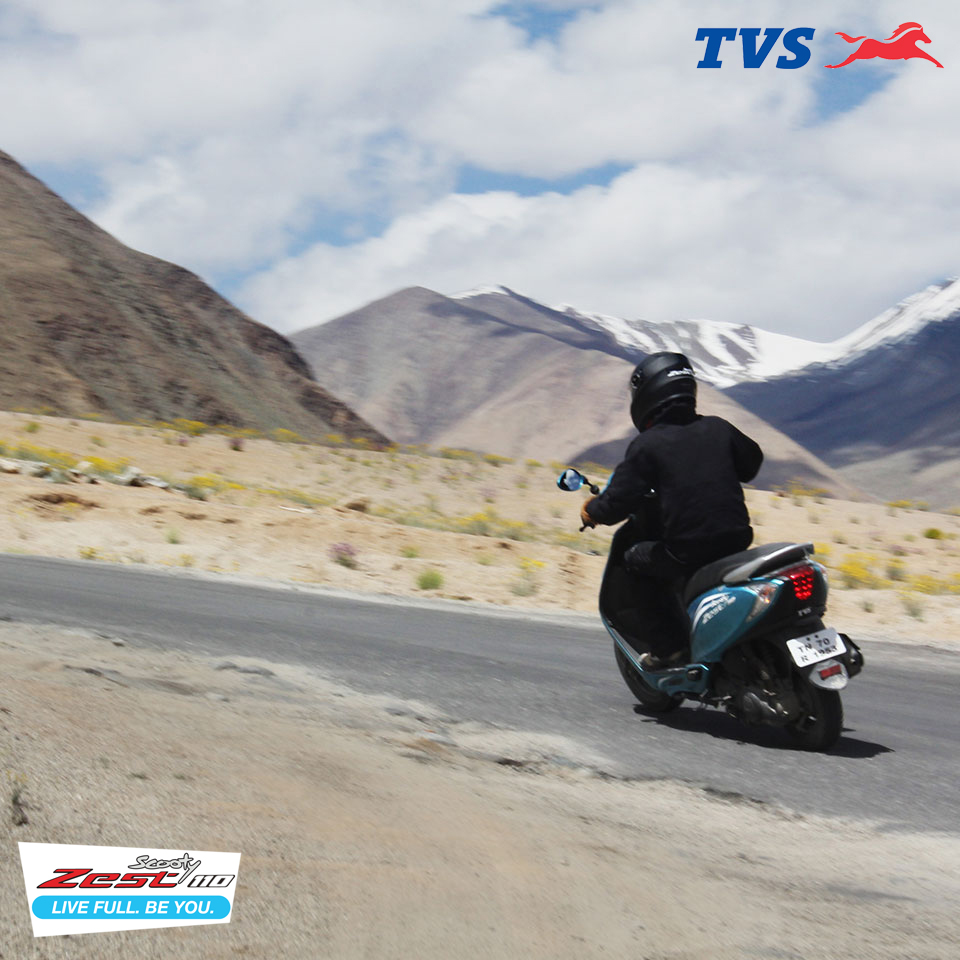 Ride to Khardung La On my TVS Scooty Zest – Anam Hashim (6)