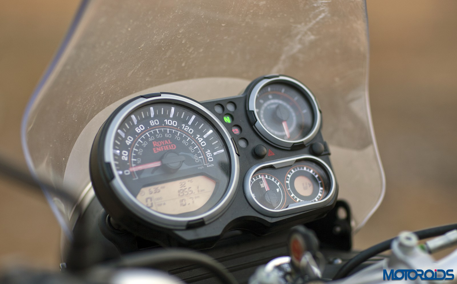 Royal Enfield Himalayan Review - Details - Instrument Cluster (3)