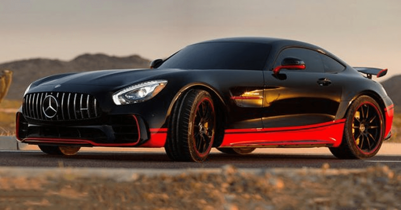 Transformers The Last Knight Mercedes AMG GT-R (2)
