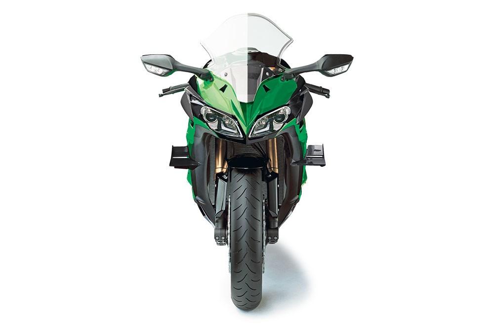 Upcoming Kawasaki Sports Tourer - MotorcycleNews Render - 2
