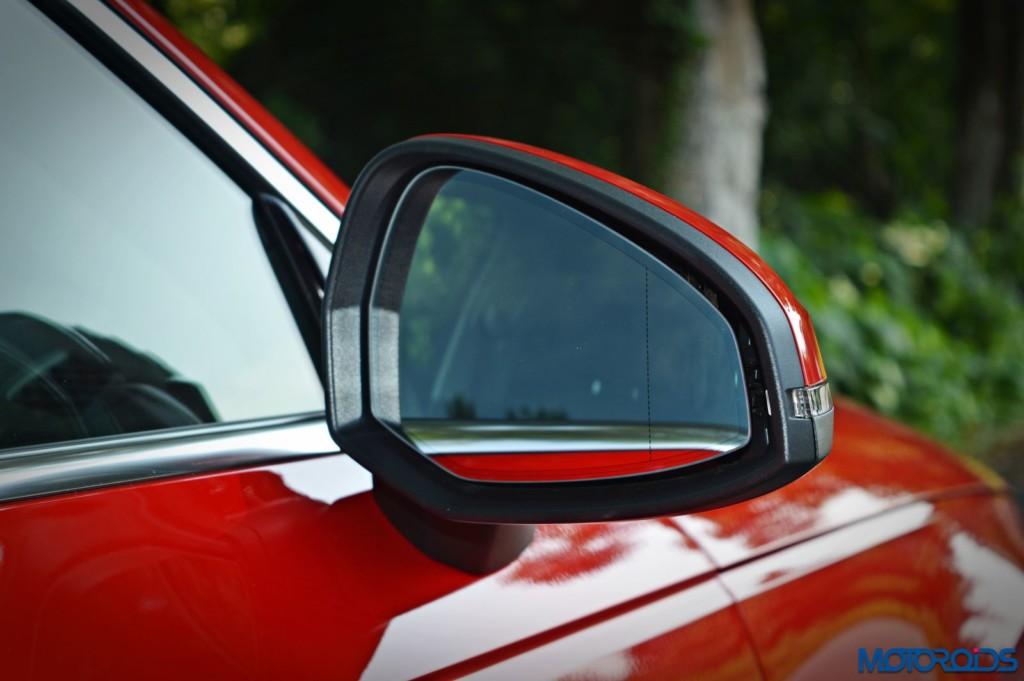 2016 Audi A4 ORVM(48)
