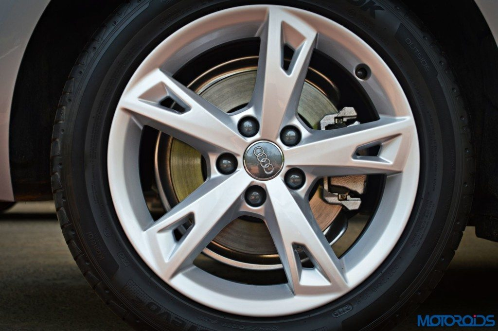 2016 Audi A4 alloy wheel pattern(159)