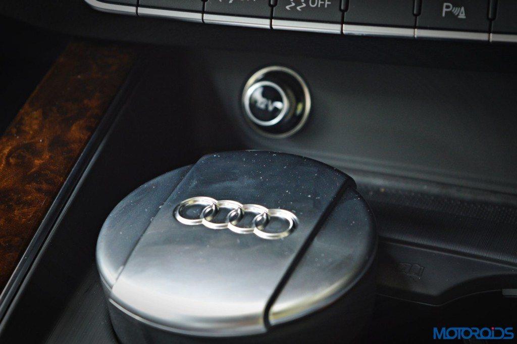 2016 Audi A4 ashtray(152)
