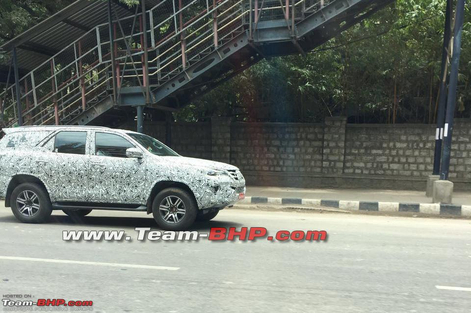 2016 Toyota Fortuner spied once again (4)