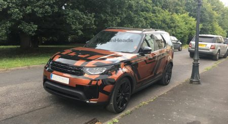 2017 Land Rover Discovery (1)