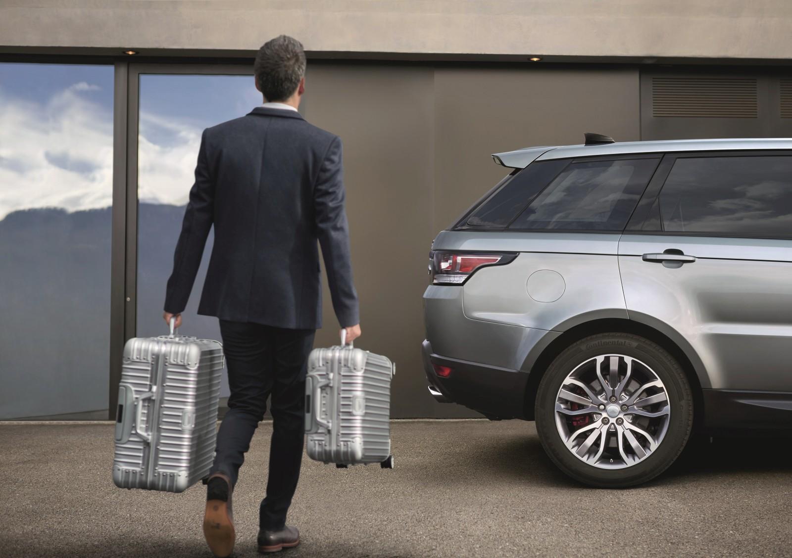 2017 Range Rover Sport exterior (6)