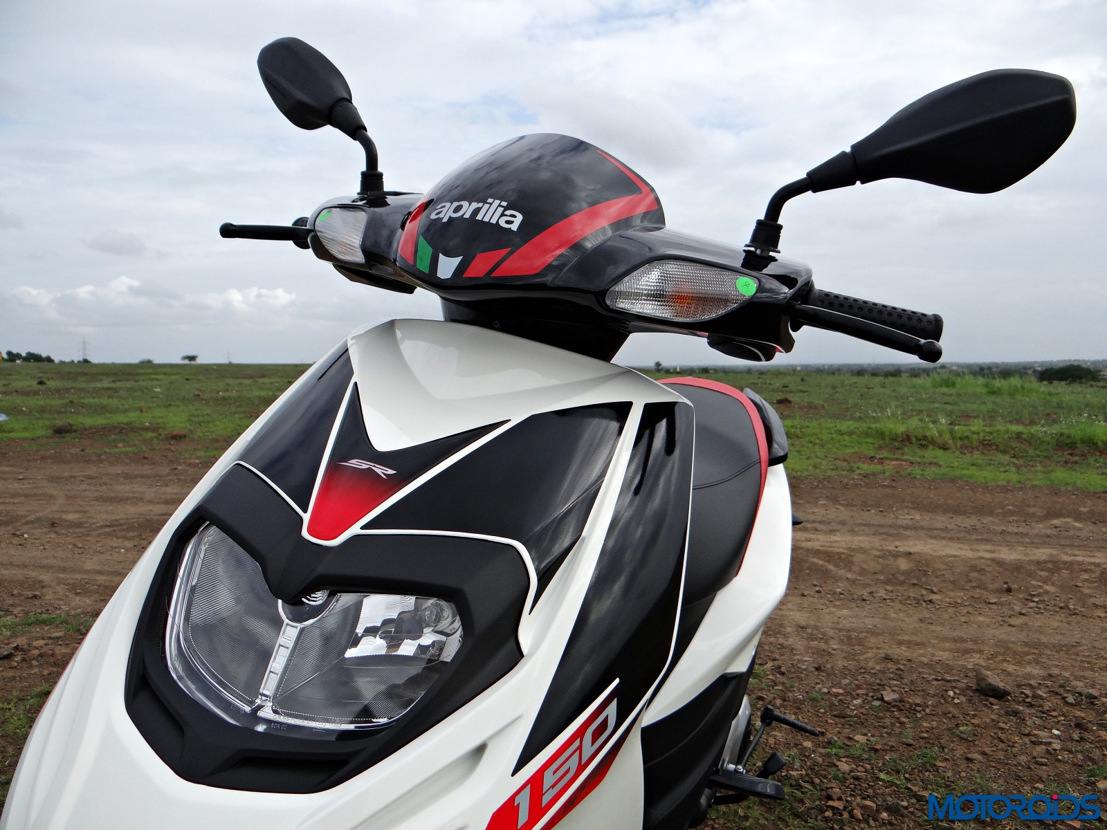 Aprilia SR 150 Review - Details (3)