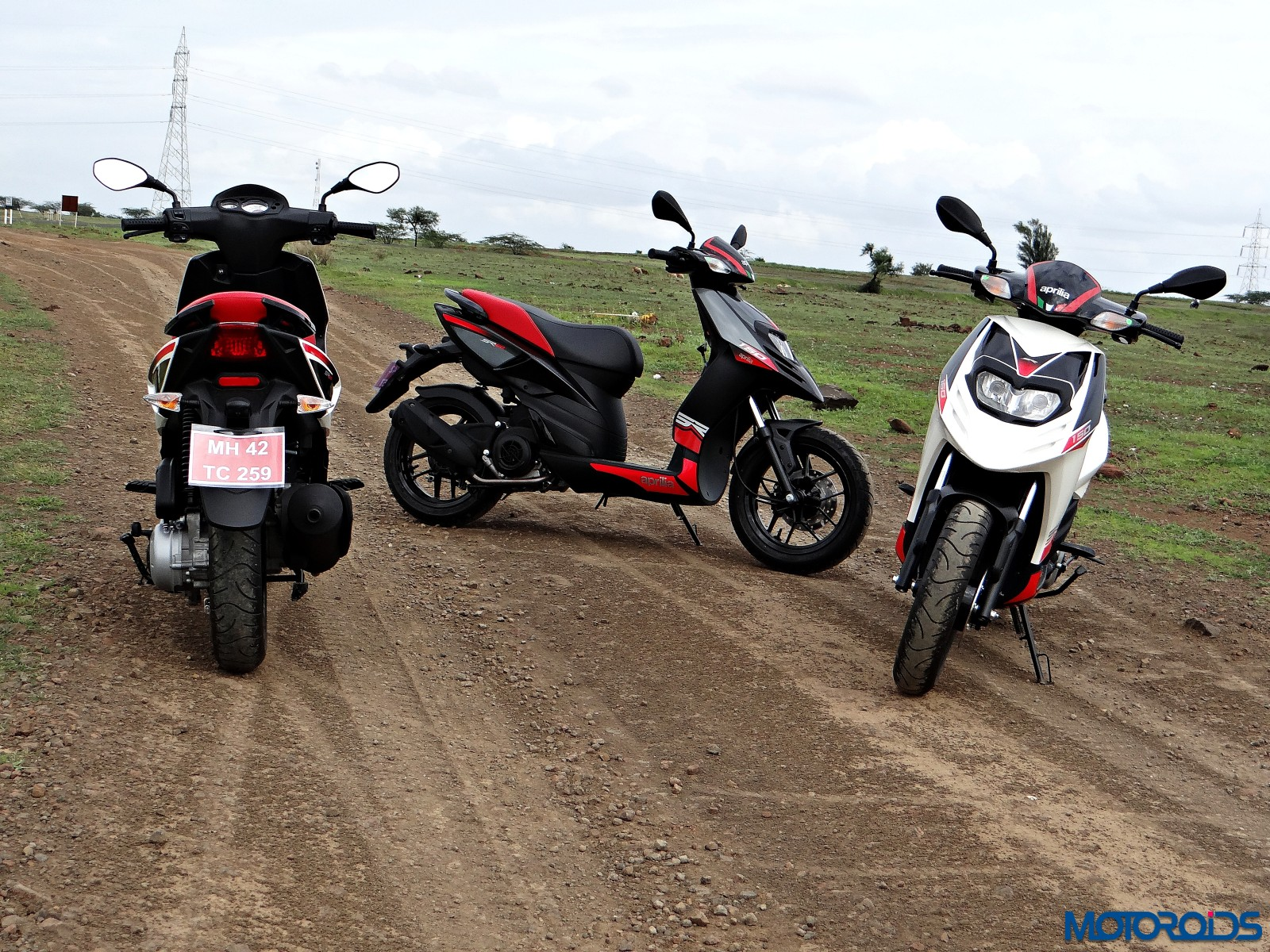 Aprilia SR 150 Review - Still Shots (1)