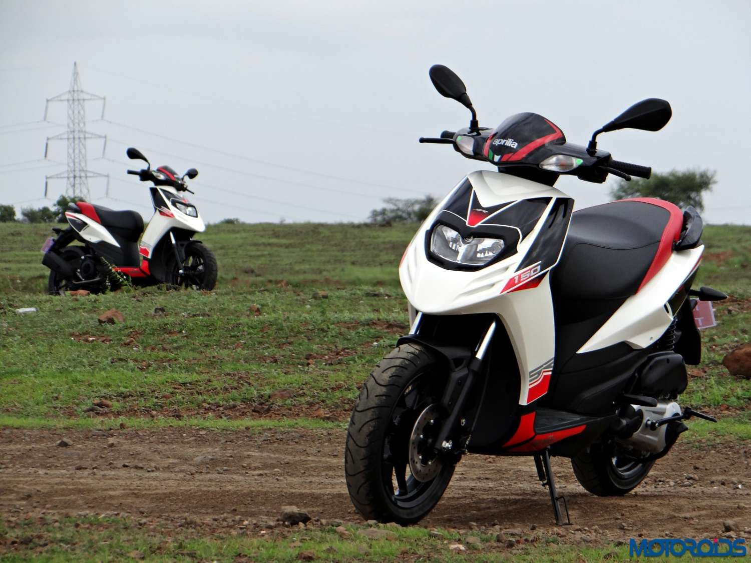 Aprilia SR 150 Review - Still Shots (24)