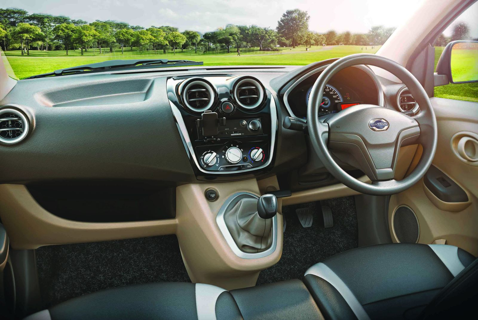 Datsun GO+ Style edition dashboard